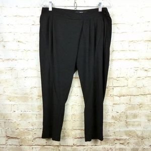 UNIQ Asymmetrical Fly Pleated Slouchy Ankle Pants